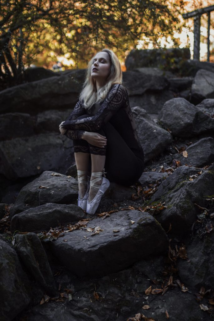 Model beim Portraitshooting mit Onifotografie